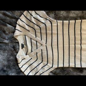 Theory soft navy stripe short sleeve blouse